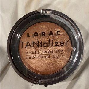 Lorac shimmery bronzer